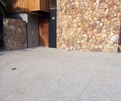 Exposed Aggregate Concrete Paving 004