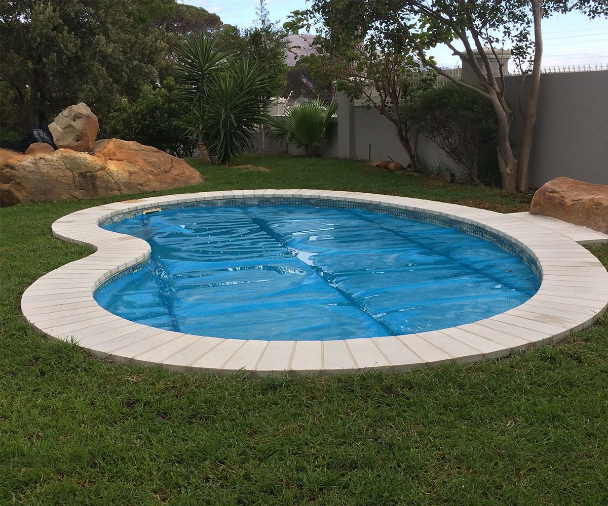 Contact boss paving paving specialists south africa for Swimming pool paving pictures